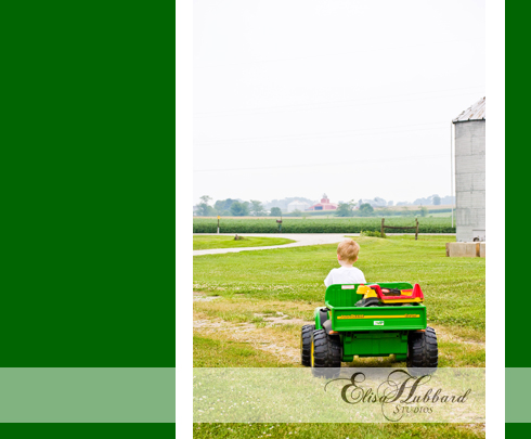 David, 3.5 Years, Boy, Farm, On-Location, Child Photography, Elisa Hubbard Studios