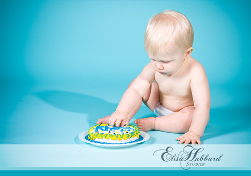 Rhett, 1 year, studio, cake smash, child photography, portrait photography, Elisa Hubbard Studios