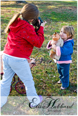 Hanna Taking Faith's Picture - Child Photography - Elisa Hubbard Studios