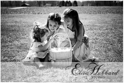 Hanna, Savanna, & Faith - Easter Picture - Child Photography - Elisa Hubbard Studios