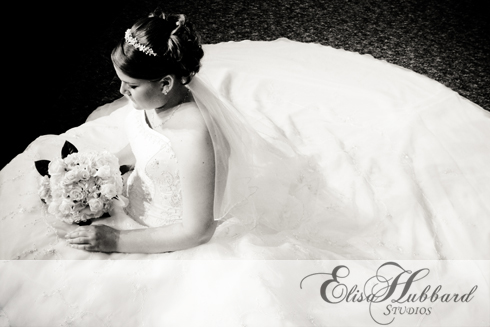 Bridal Portrait - Wedding Dress - Amy - Wedding Photography - Elisa Hubbard Studios