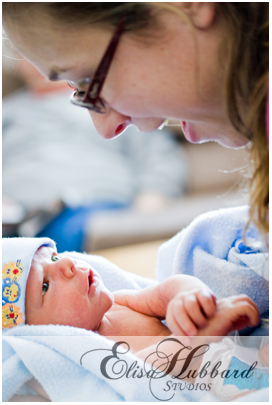 Jackson, Mom - Newborn Family Photography - Elisa Hubbard Studios